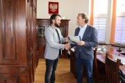 Umowy na przebudowę drogi powiatowej zLubni do granicy zpowiatem kościerskim podpisane